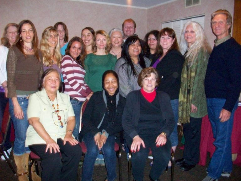 Group photo of participants in Theta healing workshop - The Flow of Healing.com